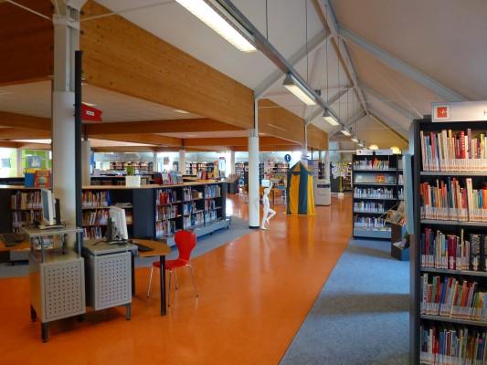 Bibliotheek boven winkels beuningen egbert van dijk architecten bv - Interieur bibliotheek ...